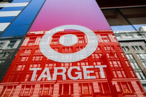 Target shares up 15 percent on strong profit forecast
