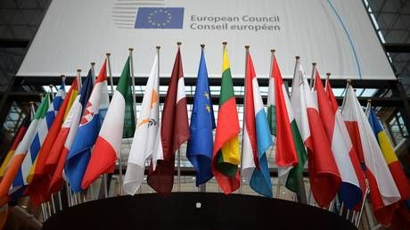 Despite deteriorating relationship between Moscow and Brussels, new survey reveals over half of Russians see EU in positive light