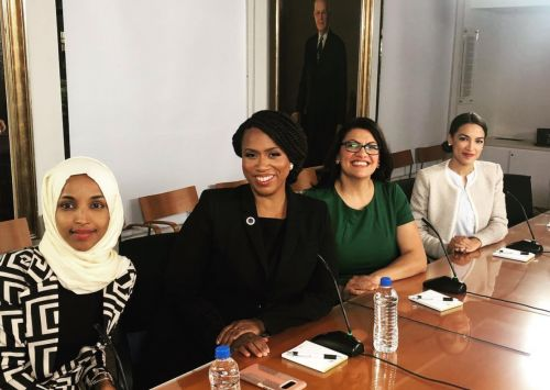 Trump tells group of Democratic congresswomen to go back to 'broken' countries where they came from