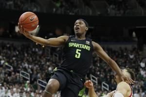 Winston sets record, No. 15 Spartans top Wisconsin 67-55